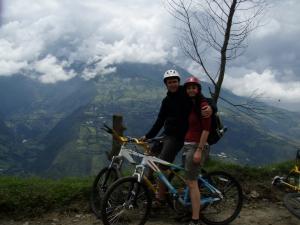 Libby & Dan - biking in Banos, Ecuador